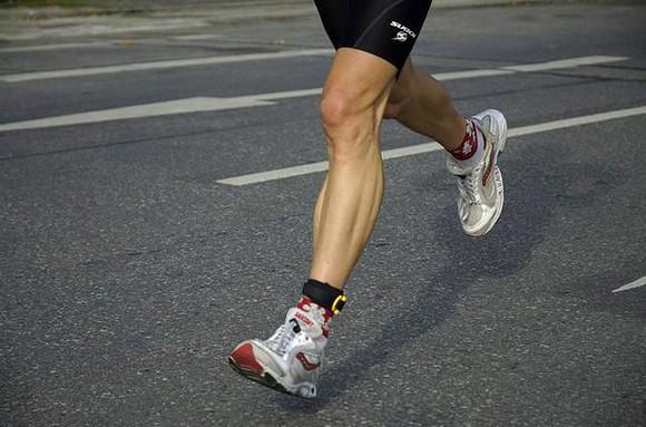 упражнения на ноги дома для мужчин