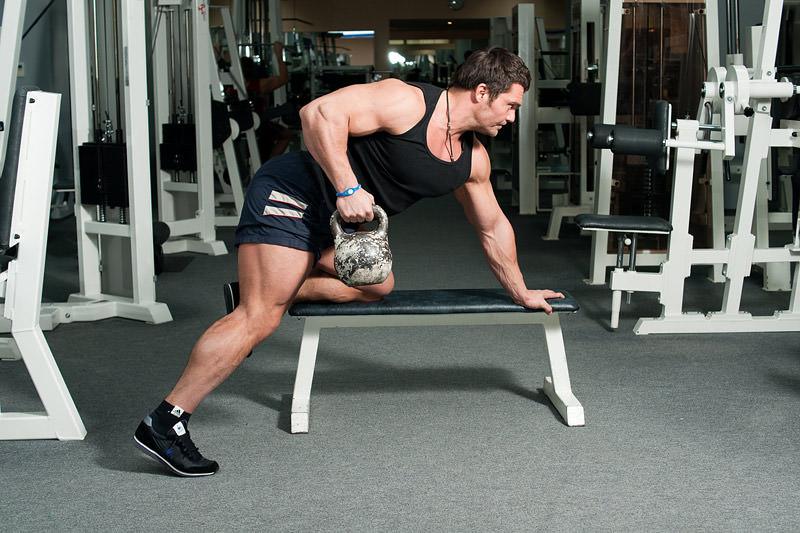 Как накачать руки гирей 16 кг
