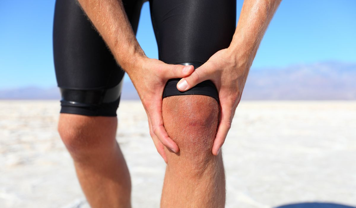Почему болят мышцы бедра ног