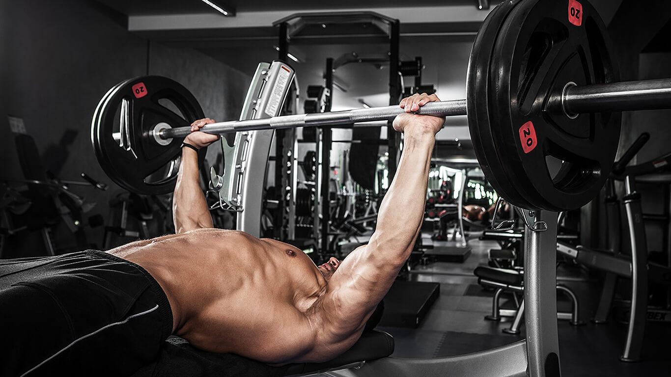 тренировка грудных большой вес