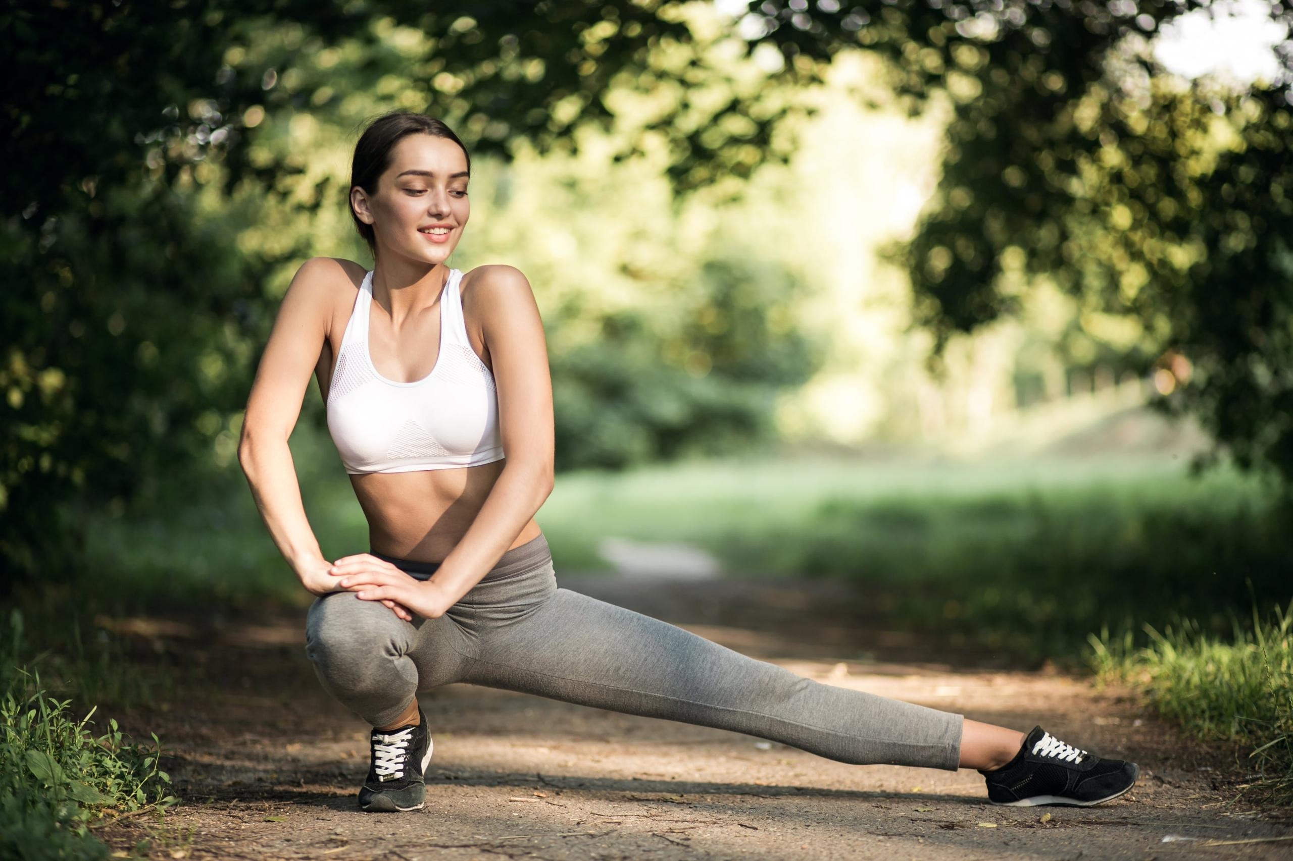 Утренняя гимнастика: польза, особенности, комплекс упражнений