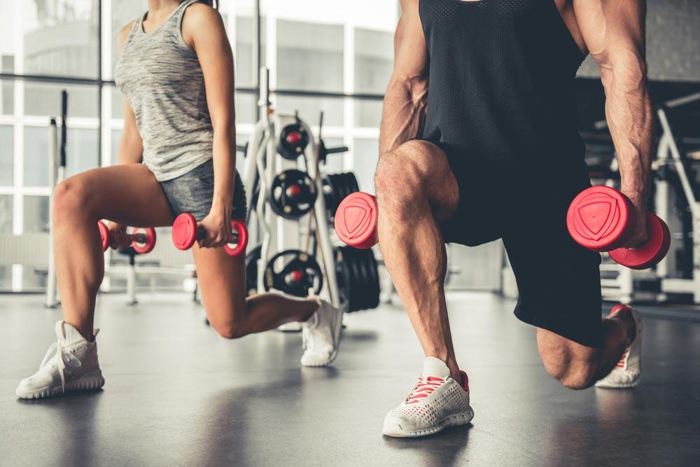 Упражнения на ноги с гантелями