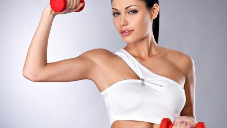 Упражнения на плечи для девушек